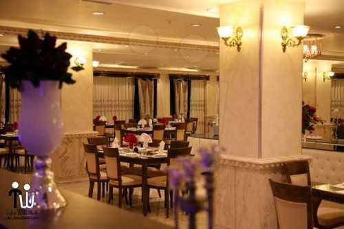 barazanedeh Restaurant 17 500x333 - رستوران برازنده