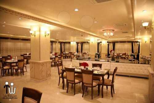barazanedeh Restaurant 18 500x333 - رستوران برازنده