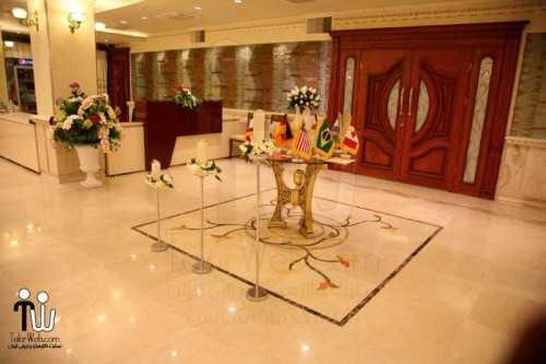 barazanedeh Restaurant 19 500x333 - رستوران برازنده