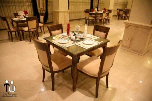 barazanedeh Restaurant 2 500x333 - رستوران برازنده