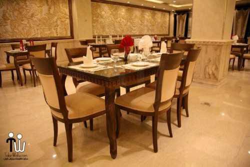 barazanedeh Restaurant 21 500x333 - رستوران برازنده