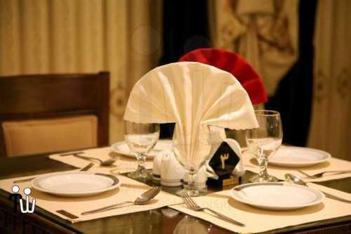 barazanedeh Restaurant 6 500x333 - رستوران برازنده