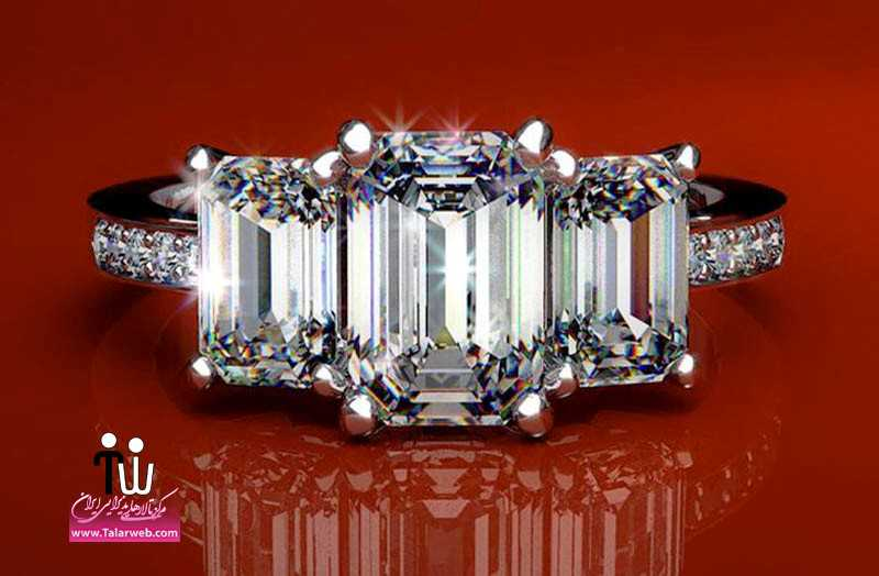 angelina jolie engagement ring emerald cut diamond engagement rings james allen.full  - حلقه عروسی و انگشتر نامزدی ۲