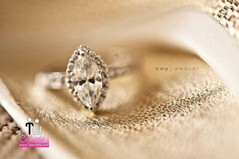 classic wedding photography diamond engagement ring real wedding.full  - حلقه عروسی و انگشتر نامزدی ۳