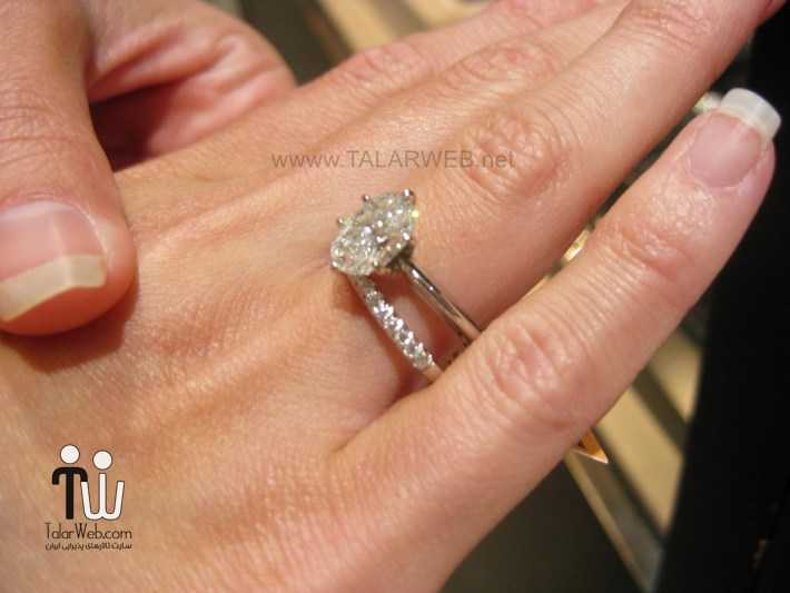diamond wedding band with solitaire engagement ring - انشگتر نامزدی نگین دار