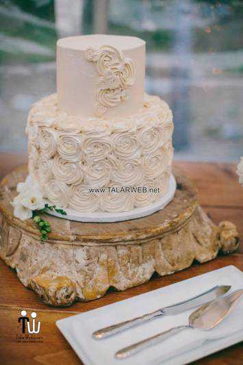 fall-country-wedding-cakes