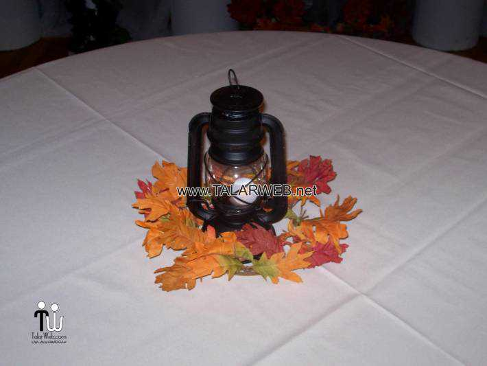 fall-wedding-centerpieces-with-lanterns