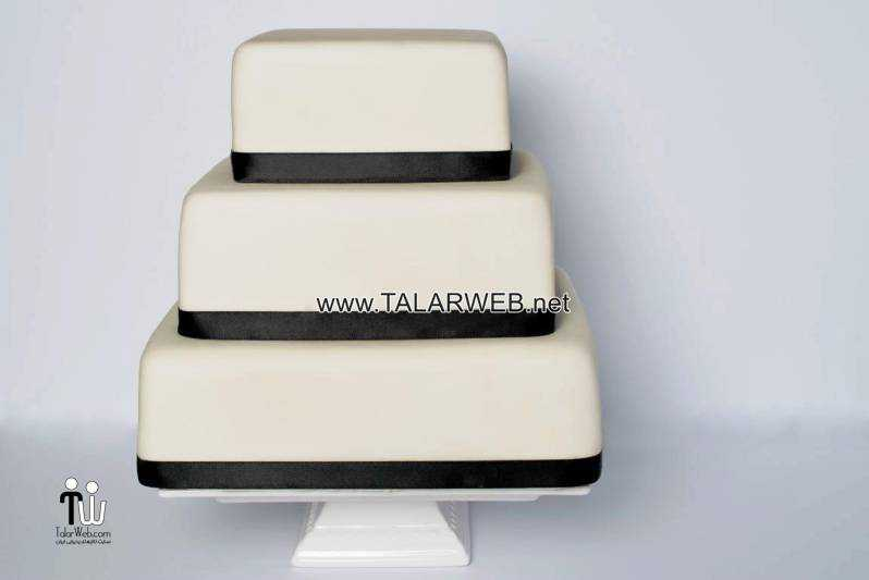 plain-white-square-wedding-cake