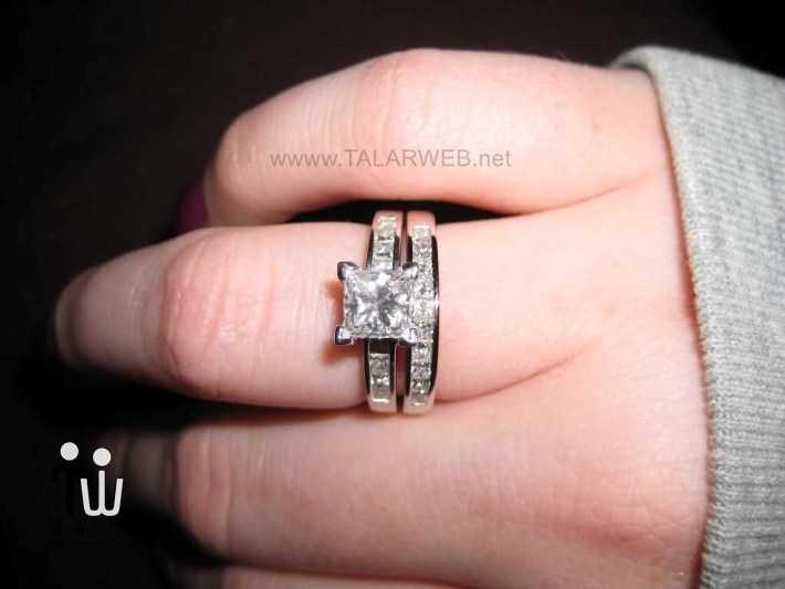 princess cut halo engagement rings on finger - انگشتر نامزدی و ازدواج -سری ۲
