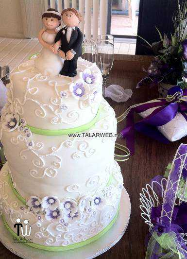 purple-and-green-wedding-cakes