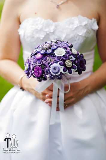 purple and white button and felt flower wedding bouquet.full  - دست گل مصنوعی با دکمه