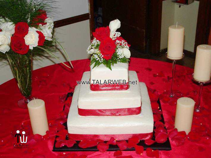red square wedding cake - کیک های شیک و زیبا برای مراسم عروسی