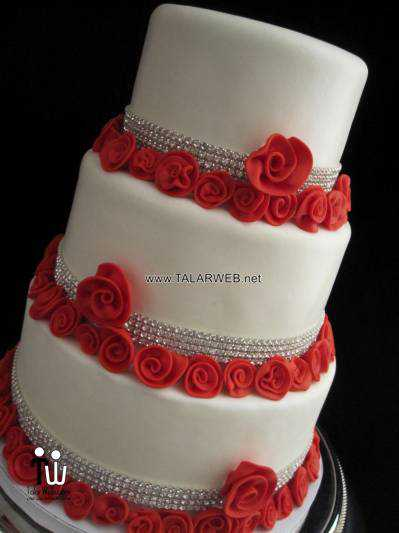 simple-red-wedding-cake