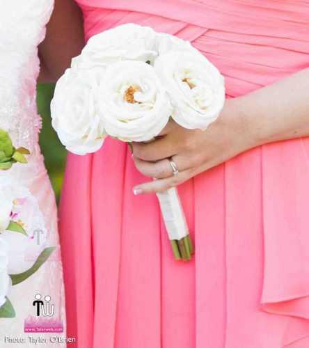 talarweb.net Bouquet Bride 3 3 444x500 - متفاوت ترین مدل های دسته گل عروس