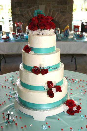 turquoise-and-yellow-wedding-cakes