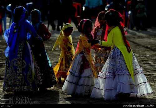467666 435 500x346 - عروسی عشایر قشقایی (عکس)