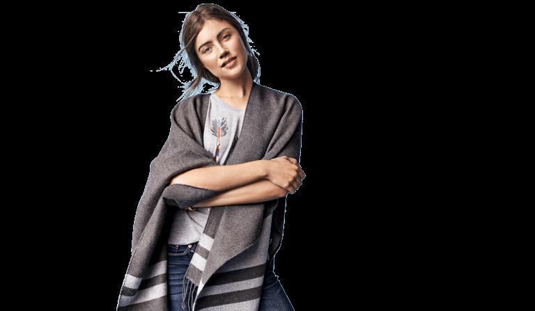 Woman Model Transparent Background 768x447 - چگونه شیک پوش دیده شوم؟