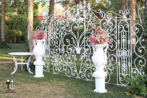 tooska photography garden 13 500x333 - باغ عکاسی توسکا
