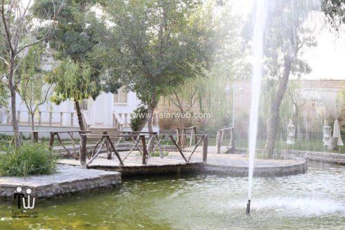 tooska photography garden 2 500x333 - باغ عکاسی توسکا
