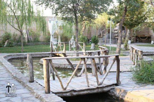tooska photography garden 4 500x333 - باغ عکاسی توسکا