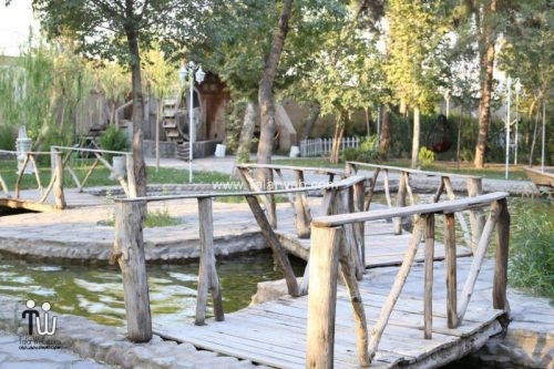 tooska photography garden 5 500x333 - باغ عکاسی توسکا