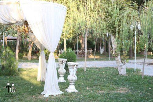 tooska photography garden 6 500x333 - باغ عکاسی توسکا