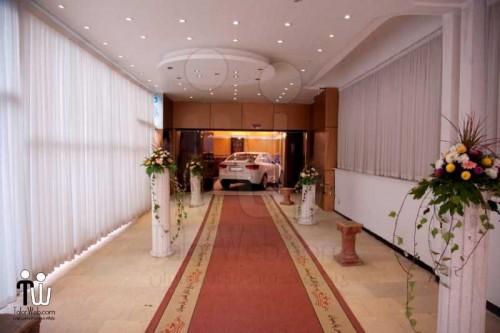 باغ تالار پذیرایی قصر پارسیان