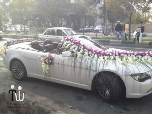 تزیین ماشین عروس - گل آرایی و بادکنک