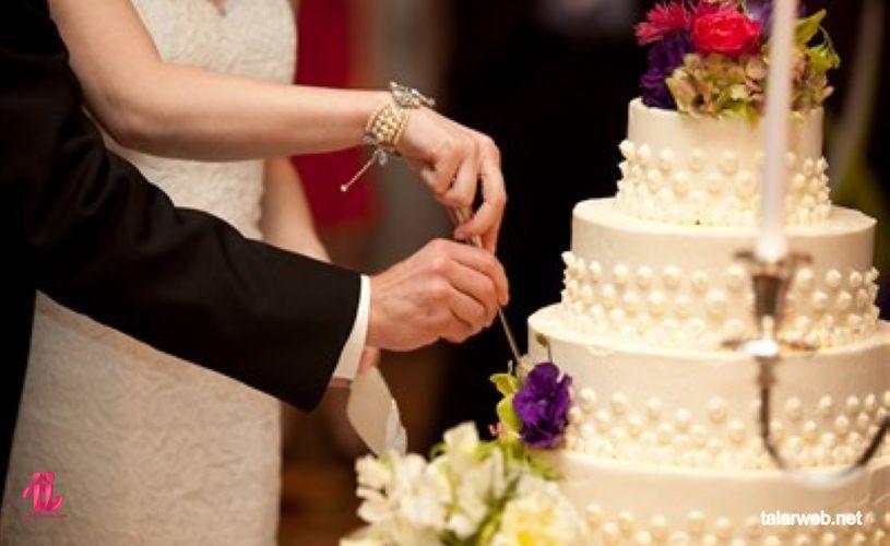 برش کیک عروسی