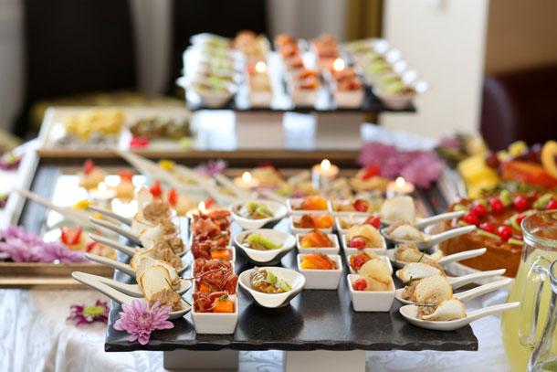 تالار عروسی و نحوه سرو غذا